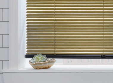 hunter douglas modern precious metal aluminum blinds Naples Fl