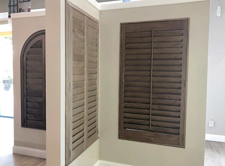 hunter douglas blinds and shades at showroom Fort Myers 33908